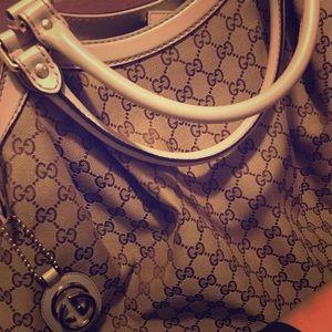 Gucci Sukey Large Bag